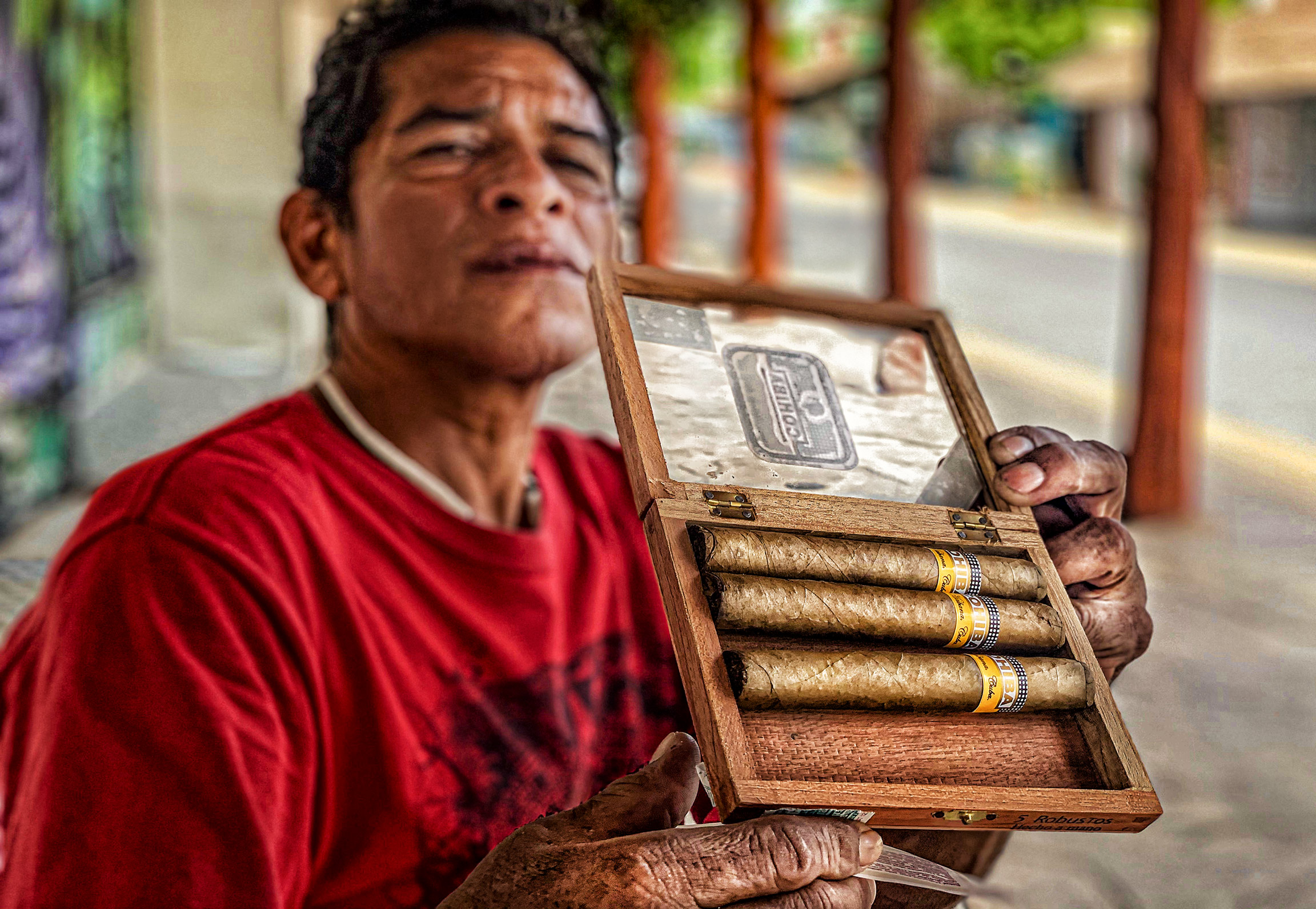 Cigar-Man-Mexico-1